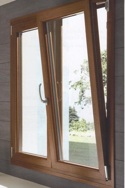 Tek_serramenti_Spezia_finestre_in_legno